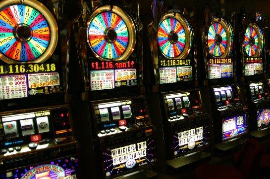Игровые автоматы казино Вулкан на настоящие деньги