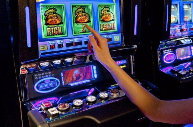 Проверенный клуб для игры в азартные развлечения  Вулкан Россия  с круглосуточным доступом