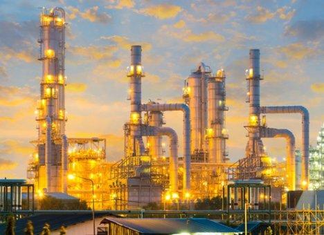 Губернатор пообещал построить в Приморье нефтеперабатывающий завод