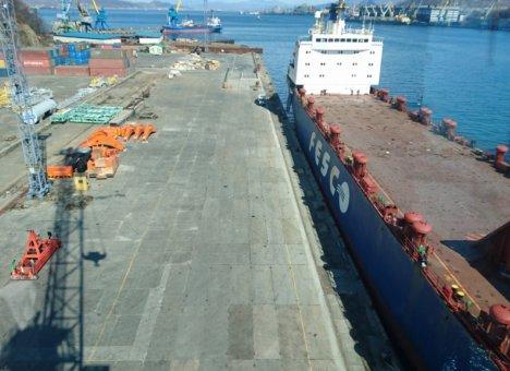 Один из ведущих портов Приморья меняет владельцев