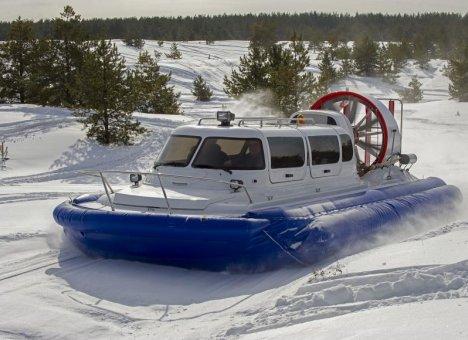 Впервые в истории Хабаровского края на Амуре началась зимняя навигация