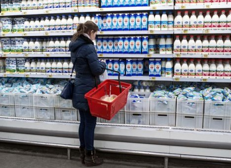 Дешевое завозное молоко, которое продается в Приморье, оказалось не совсем молоком