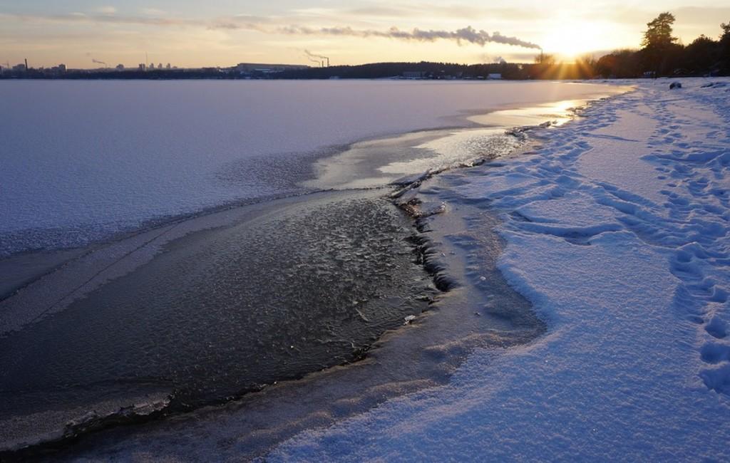 Выходить на лед Онежского озера в Крещение будет запрещено в Петрозаводске