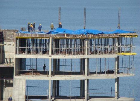 Жилье в Приморье растет ценами, а не метрами