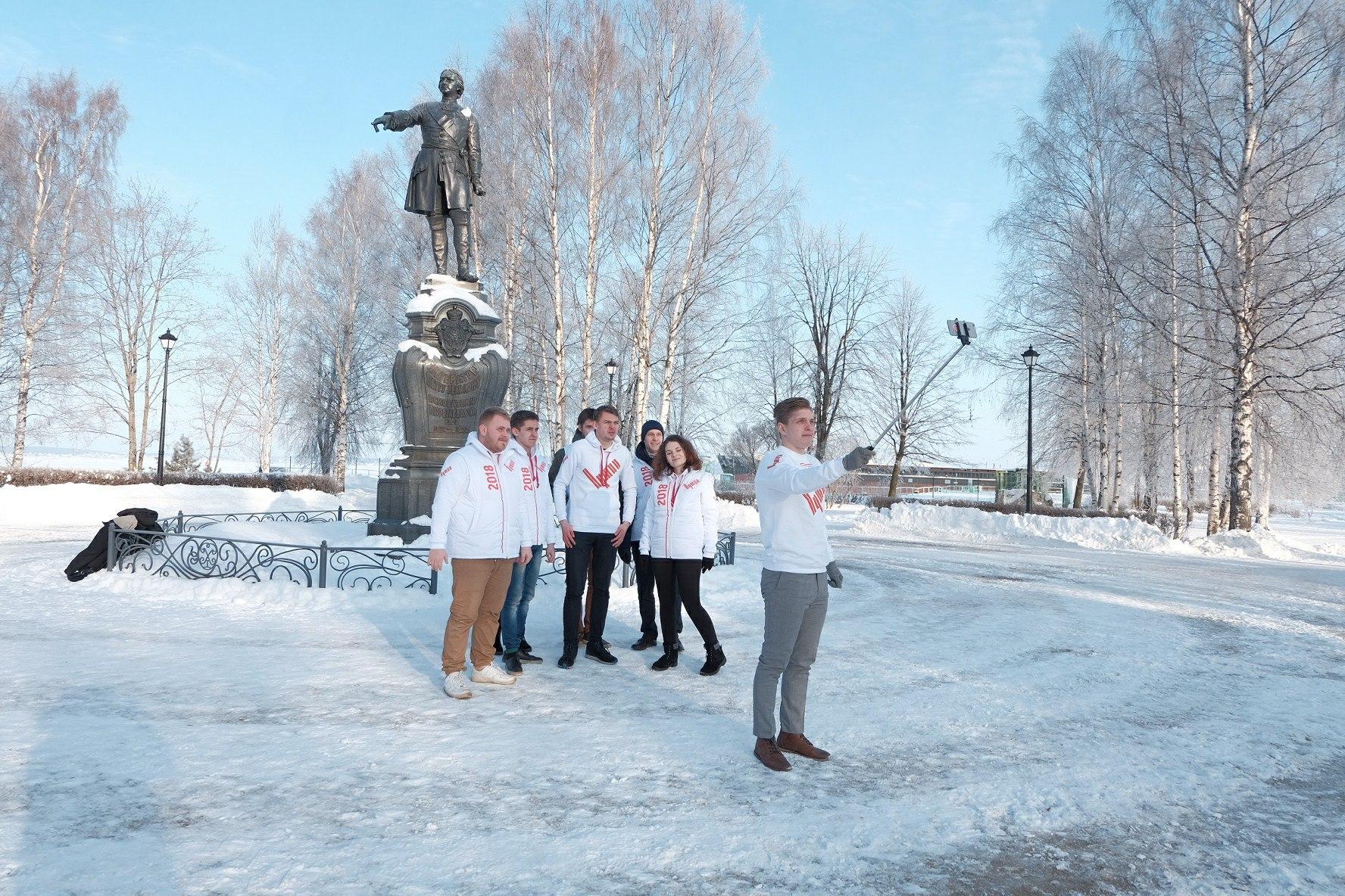 Волонтеры Путина передали коллегам привет на карельском языке