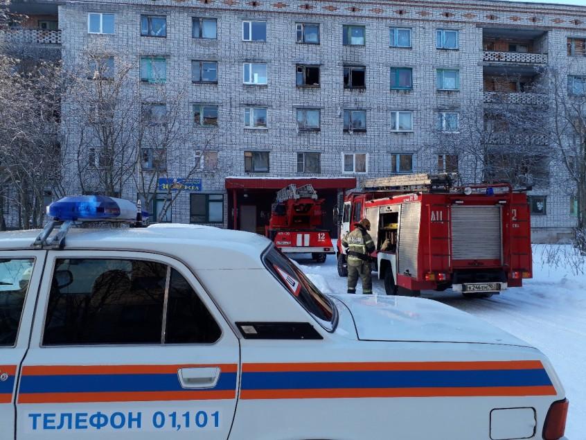Тело человека обнаружили в сгоревшей квартире в Сегеже