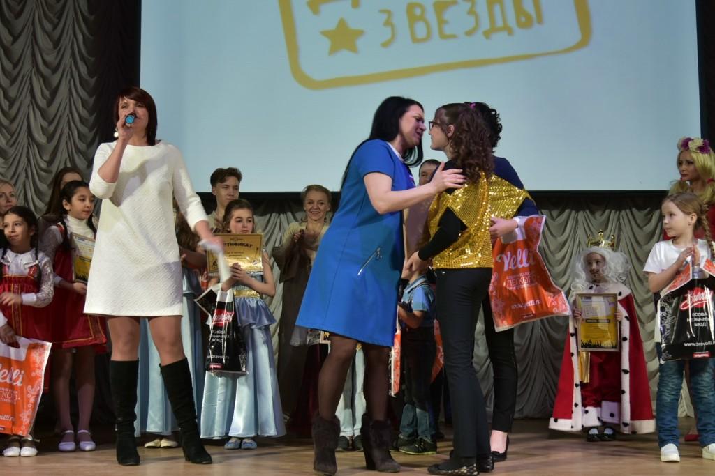 Вальс в исполнении отца и дочери стал лучшим номером семейного фестиваля в Петрозаводске