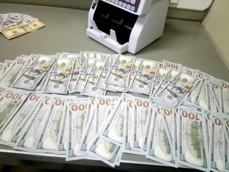 В Хабаровском крае вырос поток вывоза незадекларированной валюты за рубеж