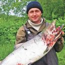 Дальневосточников на крючке крепко держит рыбалка