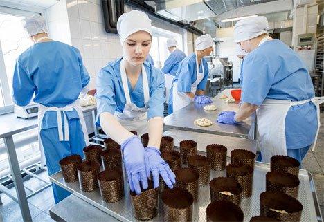 В Приморье в пасхальный кулич добавили шоколад с разрешения владыки