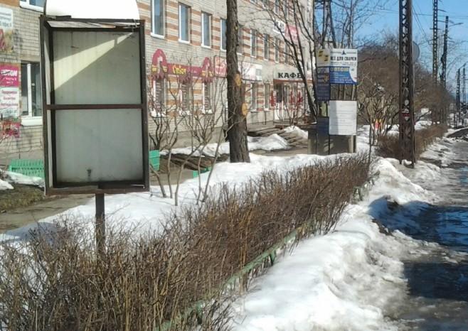 Мэрия избавила от незаконной рекламы еще две улицы Петрозаводска