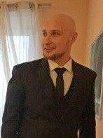 Полиция Петрозаводска разыскивает подозреваемого в преступлении мужчину
