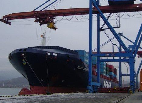 FESCO назвала провокацией информацию о возможном банкротстве Дальневосточного морского пароходства