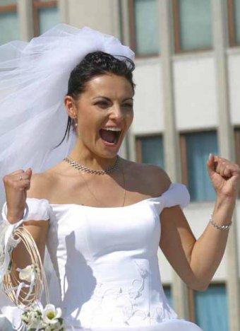Женихи и невесты в Приморье помешались на цифрах