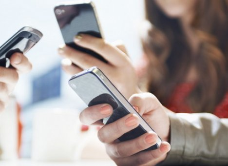 На смартфонах, продаваемых в России, будут предустанавливать российские приложения