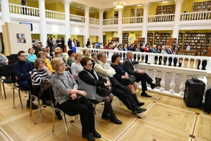 Сотни петрозаводчан присоединились к всероссийской акции «Библионочь»