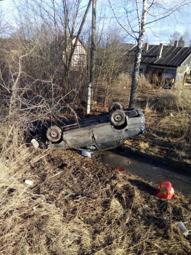 Нетрезвый водитель опрокинул машину, уходя от погони ДПС