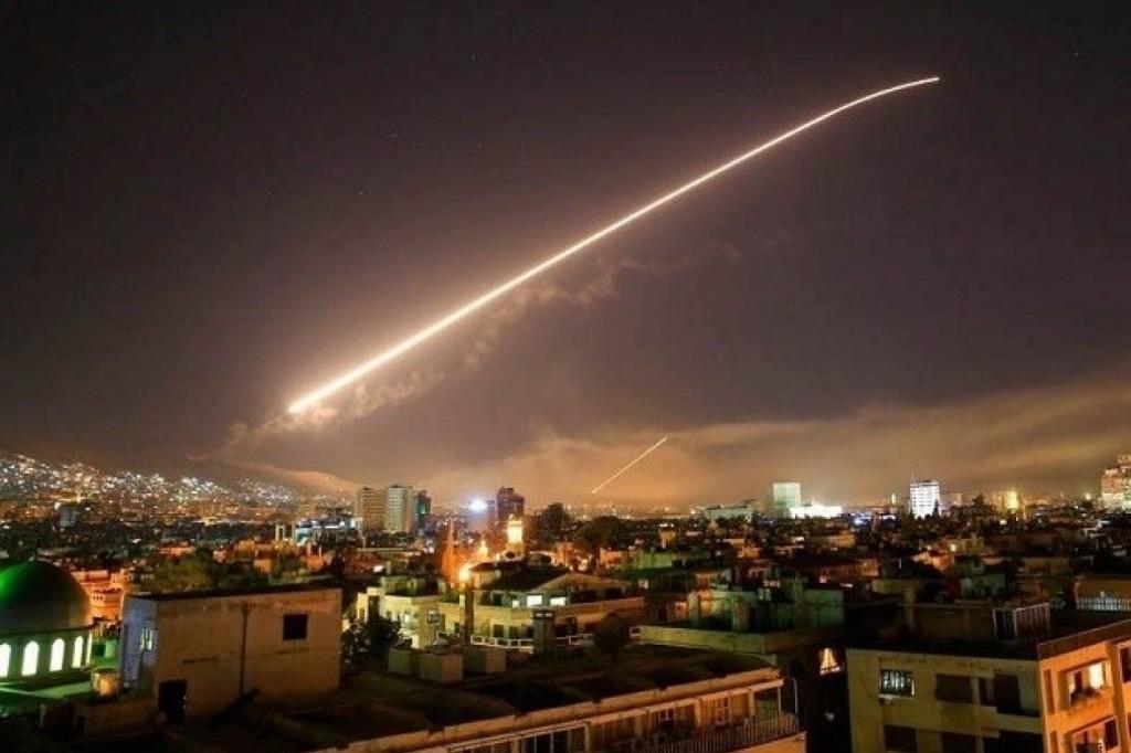 Главное за неделю: осторожный ракетный удар по Сирии