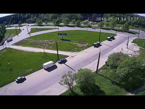 Легковушка сбила велосипедиста на Комсомольском проспекте в Петрозаводске