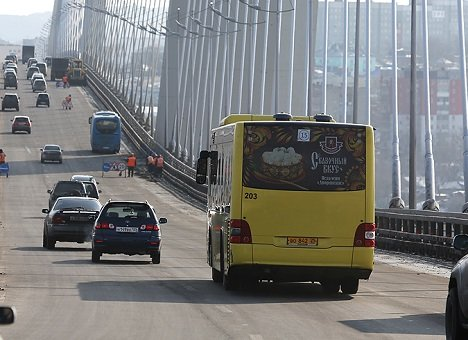 Во Владивостоке могут появиться автобусные экспресс-маршруты на остров Русский