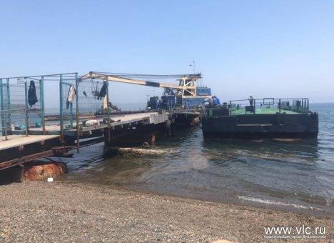 На острове Рейнеке завершен монтаж временного плавучего пирса