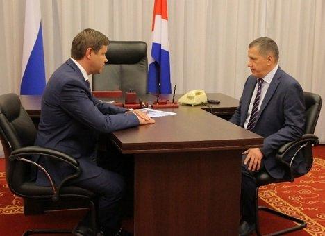 Юрий Трутнев провел рабочую встречу с главой Владивостока