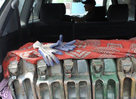На Дальнем Востоке уже продается топливо по 100 рублей за литр