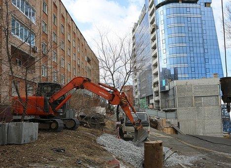 Во Владивостоке начинается восстанавление дороги на улице Станюковича
