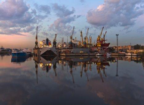 Международный дальневосточный морской салон во Владивостоке примет крупнейшие судостроительные компании