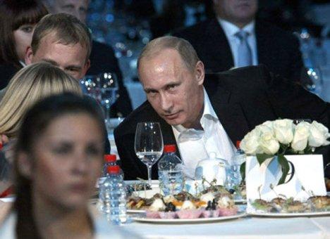 Путина все-таки удастся увидеть на свадьбе
