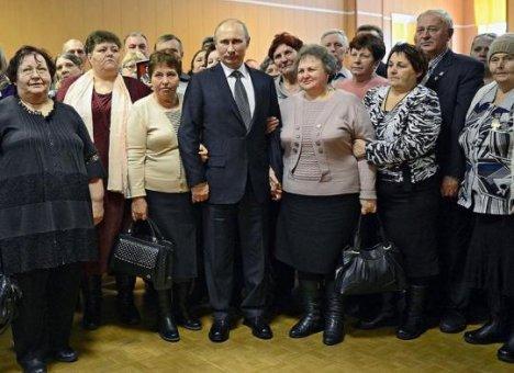 Путин вступился за женщин