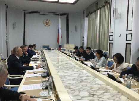 Президент Халтмаагийн Баттулга возглавит делегацию Монголии на IV ВЭФ во Владивостоке