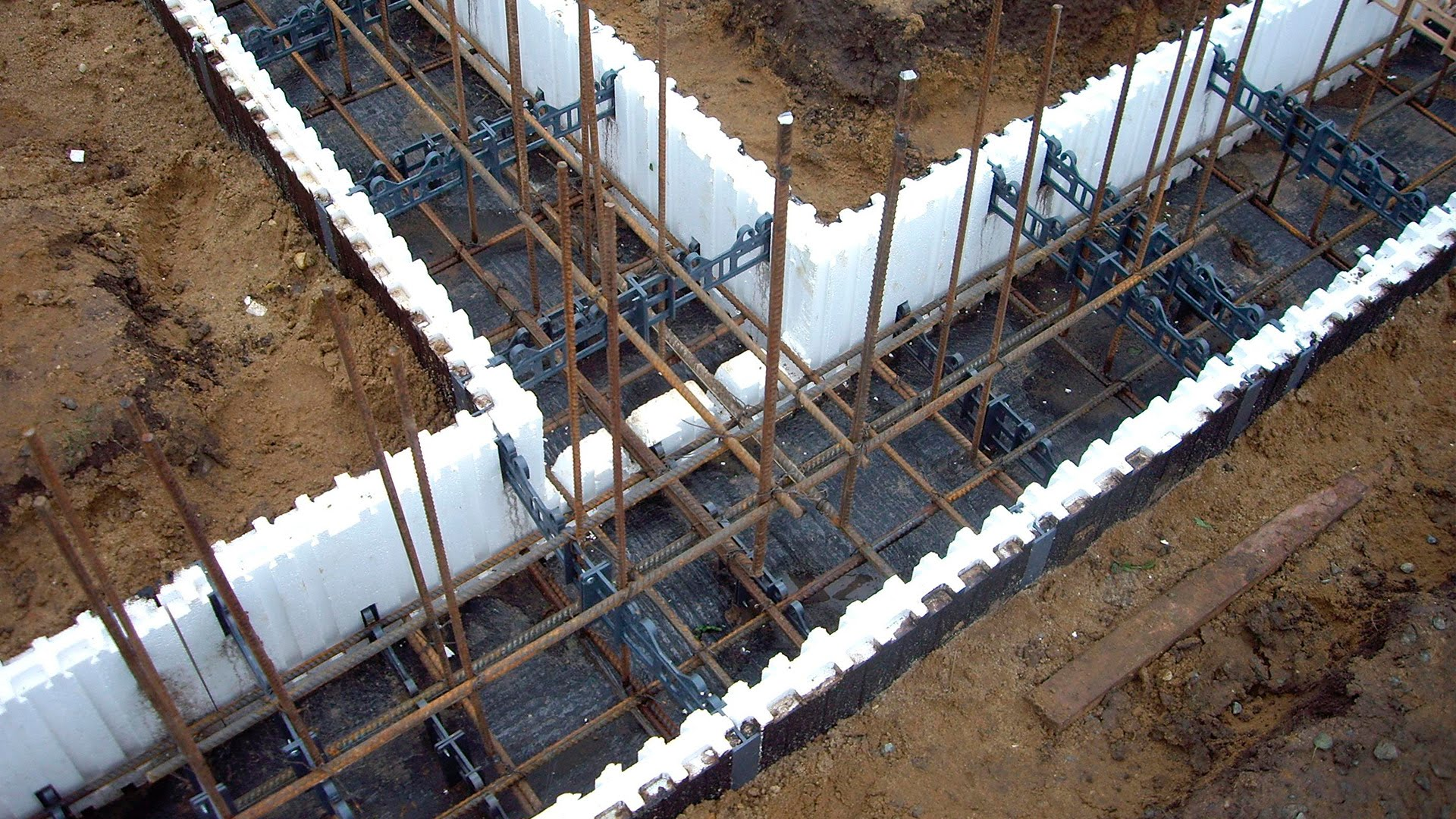 Выгодная аренда опалубки для монолитного строительства