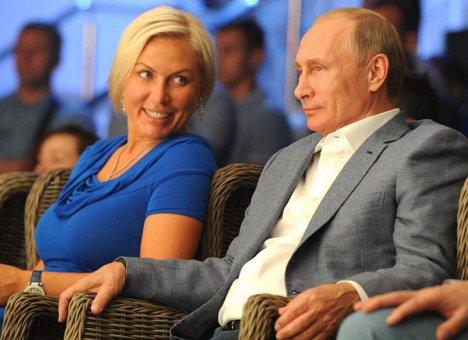 Путин нашел способ, как заставить дальневосточниц больше рожать