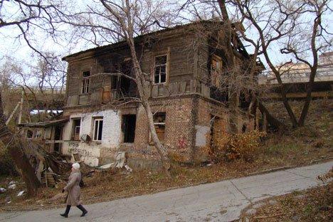 В Приморье жилье ветшает быстрее, чем расселяется
