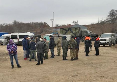 Спецоперация по аресту косаток и белух началась в бухте Средняя Приморского края