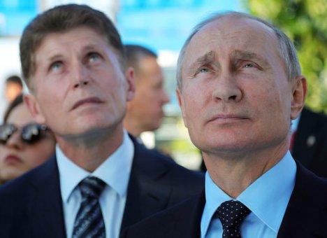 Путин заявил, что в ближайшие дни вызовет Кожемяко на ковер