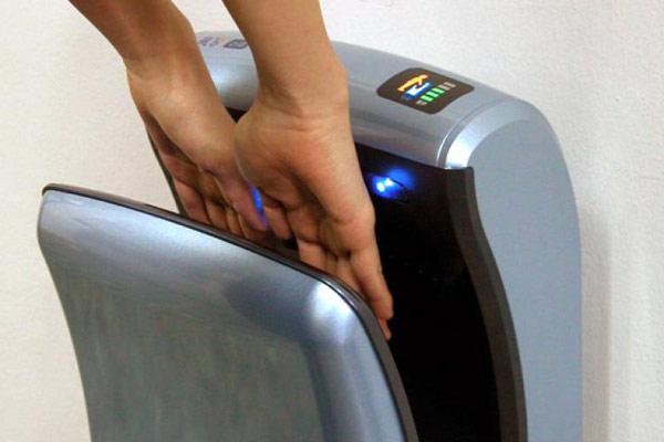 Как подобрать сушилку для рук с гарантией