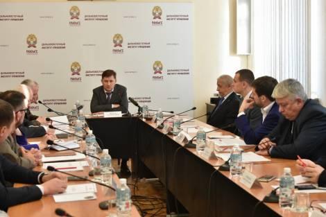 Хабаровск строит на свои, а Приморье - на федеральные