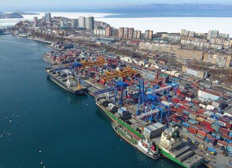 Порт Владивосток побил рекорд