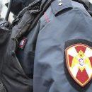 Пьяный житель Владивостока напал с пневматикой на подростков