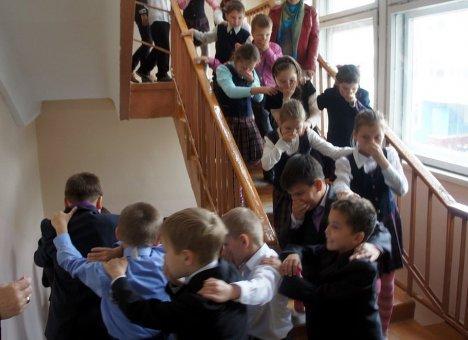 Эвакуацию детей из школ Владивостока иначе как позором не назовешь