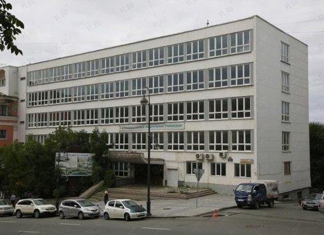 Во Владивостоке пустующие здания ДВФУ потрошат бюджет