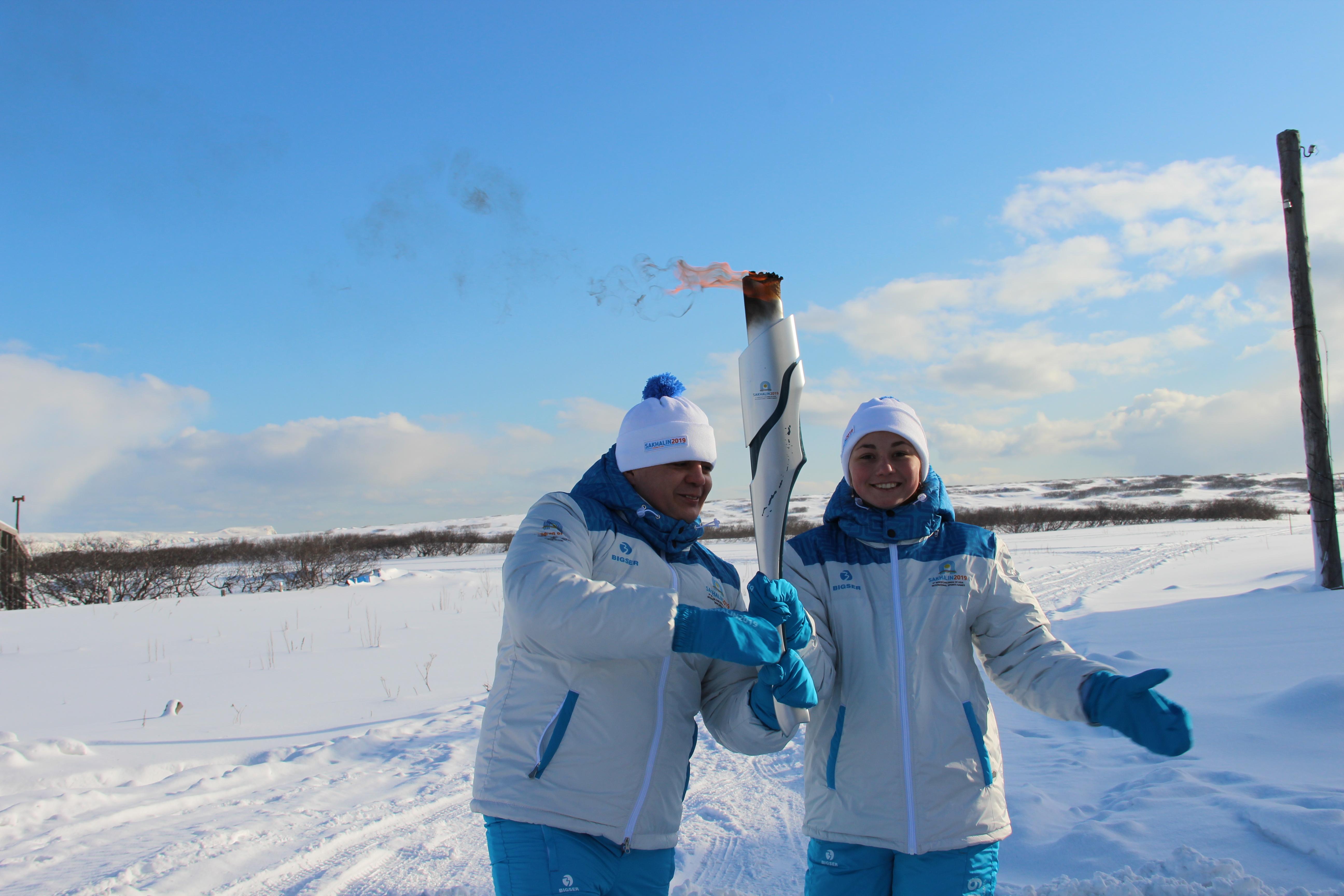 В Северо-Курильске состоялась Эстафета Огня I зимних Международных спортивных игр