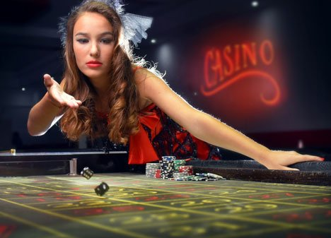 Как бухгалтер из Приморья стала крупье в арабском казино