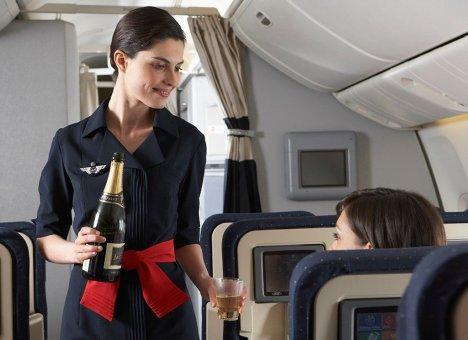 На авиамаршрут Владивосток – Москва вернут алкоголь