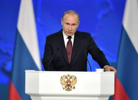 Путин обещал послабления для начатых строек