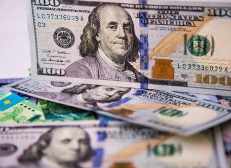 Правительство ждет 66 рублей за доллар