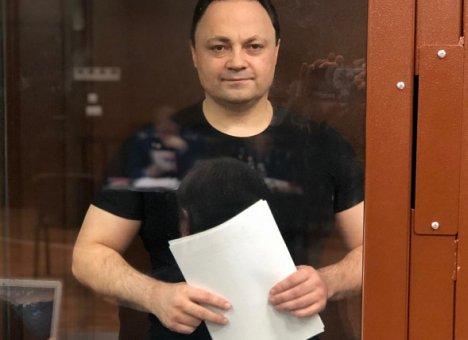 Экс-мэр Владивостока объяснил, почему он улыбался, когда судья объявлял приговор