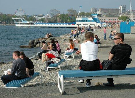 Владивосток готовится к пляжному отдыху